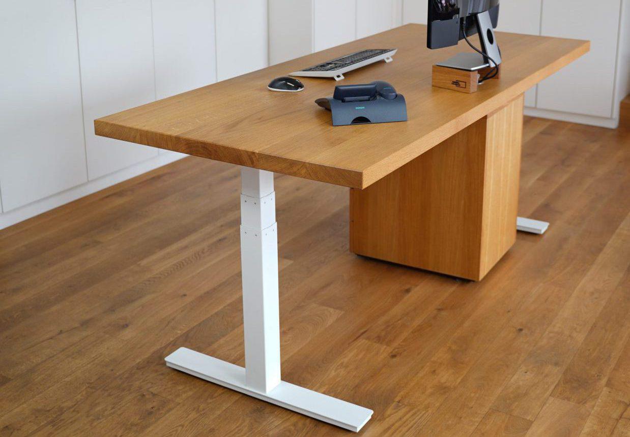 elektrischer Schreibtisch